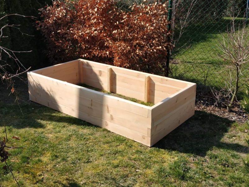 vyvýšený záhon z modřínu rozměry 2m x 1m x 0,4m přírodní materiál bez lepidel a chemie záhony na zahradu do škol do parků do komunitních zahrad
